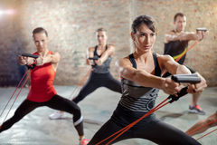 与抵抗带的锻炼 免版税图库摄影