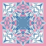 与抽象花的丝绸围巾delicat颜色导航与手拉的花卉元素的样式 库存照片