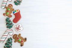 与拷贝空间的圣诞节姜饼 库存照片