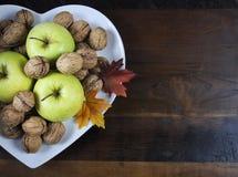 与拷贝空间的愉快的感恩秋天秋天收获 免版税库存图片