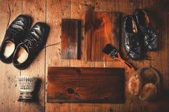 与拷贝空间的自然木板条在木地板背景 免版税库存图片