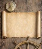 与指南针和方向盘的老地图纸卷在木桌上 冒险和旅行概念 3d例证 库存照片