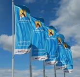 与挥动在风的澳网商标的旗子 库存图片