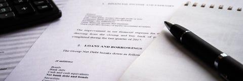 与收支和费用,会计概念细节名单的收入报告 免版税库存图片