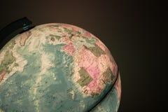 与政治地图的地球对此 免版税图库摄影