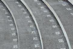 与数字的楼梯步在古晋镇清真寺 库存图片