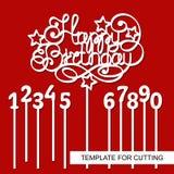 与数字的蛋糕轻便短大衣生日快乐 免版税图库摄影