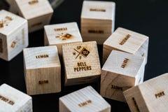 与文字的木立方体 库存图片