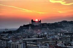与日落的城堡 库存图片