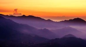 与日落的紫金山在门卡在哥伦比亚 库存照片