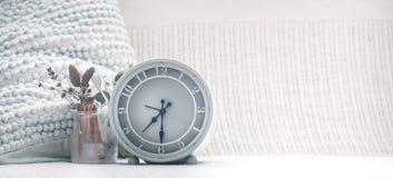 与时钟的构成 免版税图库摄影