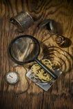 与时钟的静物画 免版税图库摄影