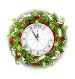 与时钟,在白色背景的新年装饰的圣诞节花圈 库存例证