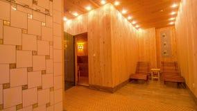 与时髦的interior_1的大私有蒸汽浴 股票视频