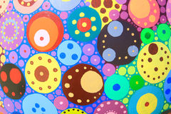 与明亮的cirlces的抽象五颜六色的背景 免版税库存照片