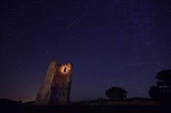 与星和老废墟3的夜空 图库摄影