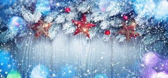 与星的圣诞节装饰 免版税库存照片
