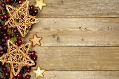 与星边界的木圣诞节背景 免版税库存图片