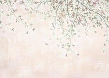 与春天木兰的卡片在与花和绿色叶子的树枝 库存照片