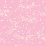 与春天鸟、燕子和心脏的无缝的样式 浪漫或情人节印刷品 库存例证