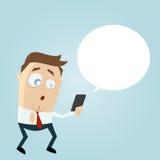 与智能手机和空的讲话泡影的惊奇的商人 库存例证