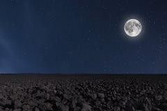与月亮和星形的夜空背景 满月背景 免版税图库摄影