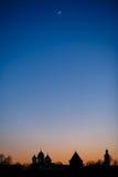 与月亮的晚上在克里姆林宫 免版税库存图片