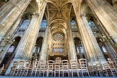 与有圆顶曲拱的Transept,圣徒Eustache,巴黎,法国教会  库存照片