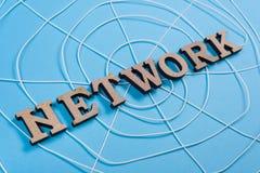 与木信件的词网络以一个抽象蜘蛛网的形式 库存照片