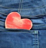 与木心脏的牛仔裤背景 被限制的日重点例证s二华伦泰向量 免版税库存图片