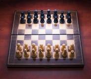 与木片断的下棋比赛 图库摄影