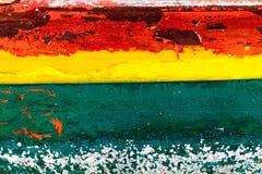 与木纹理的五颜六色的木背景 免版税库存图片