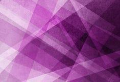与条纹的紫色桃红色和白色颜色背景在几何样式的设计和角度 向量例证