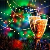 与杯的新年快乐卡片酒 免版税图库摄影