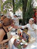 与果酱销售的街道立场 免版税库存图片