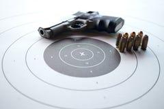 与枪和子弹的射击目标 库存照片