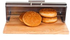 与查出的产谷物区小圆面包 免版税图库摄影