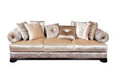 与查出的枕头的沙发 免版税库存照片