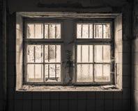 与栅格的老窗口 库存图片