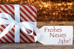与标签, Neues Jahr的大气圣诞节礼物意味新年 免版税库存照片