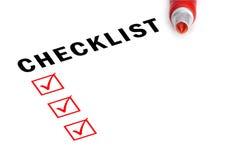 与标记和被检查的配件箱的核对清单。 免版税图库摄影