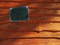 与标识牌的木板条 免版税库存照片