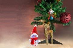 与样式的圣诞卡背景 免版税库存图片