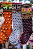 与样式,装饰品的葡萄酒手工制造羊毛袜子 免版税库存图片