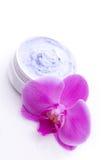 与桃红色兰花的健康香脂 图库摄影