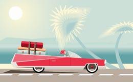 与桃红色老汽车的海风景 库存照片