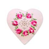 与桃红色花的心脏在白色背景 库存照片