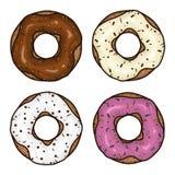 与桃红色釉的多福饼 与巧克力结冰的多福饼 被设置的油炸圈饼 免版税库存图片