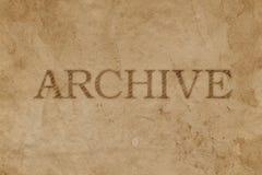 与档案邮票版本记录的老被弄脏的包装纸 免版税库存图片