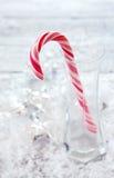 与棒棒糖的圣诞节背景 免版税图库摄影